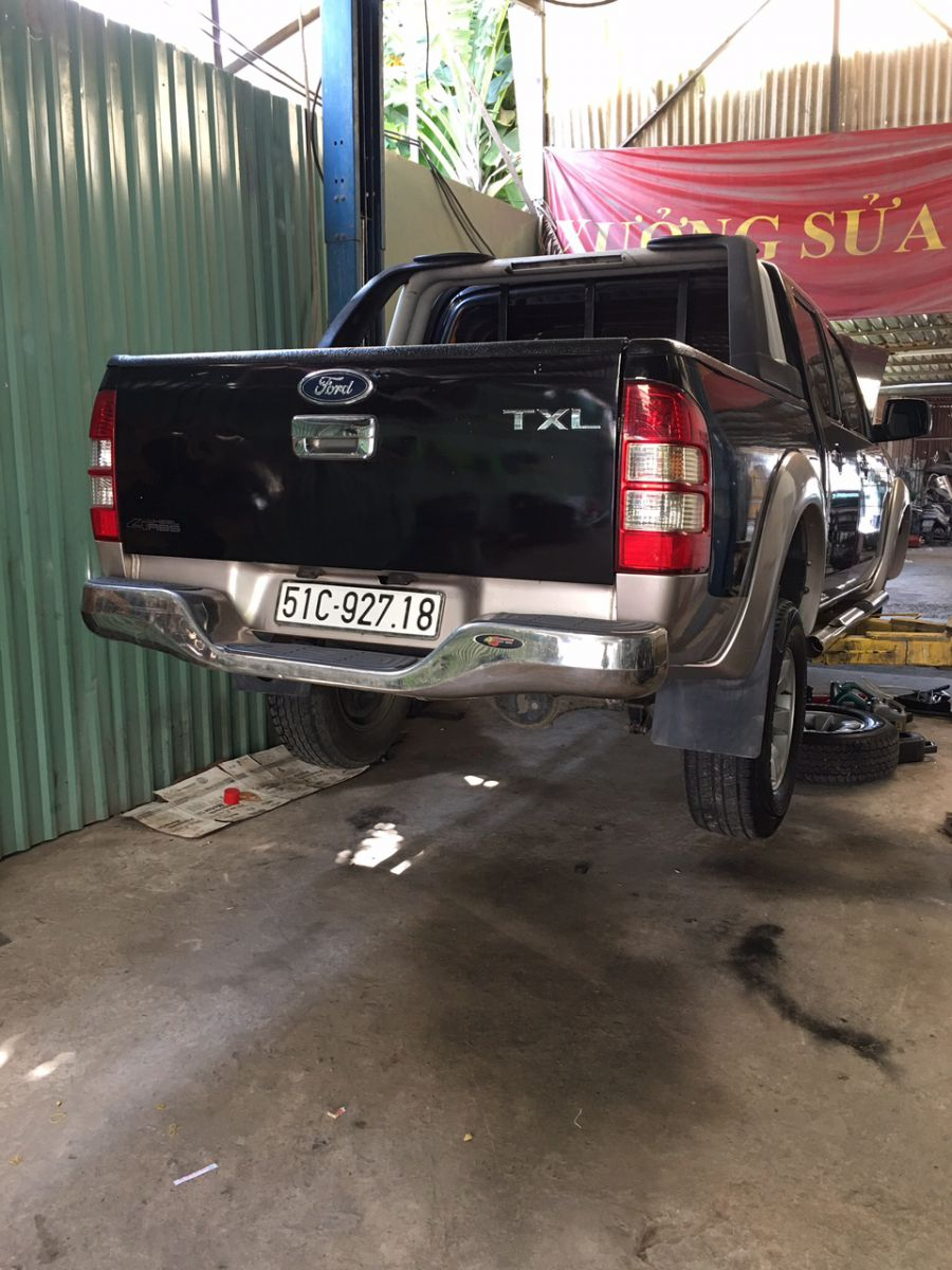 sửa chữa gầm ô tô