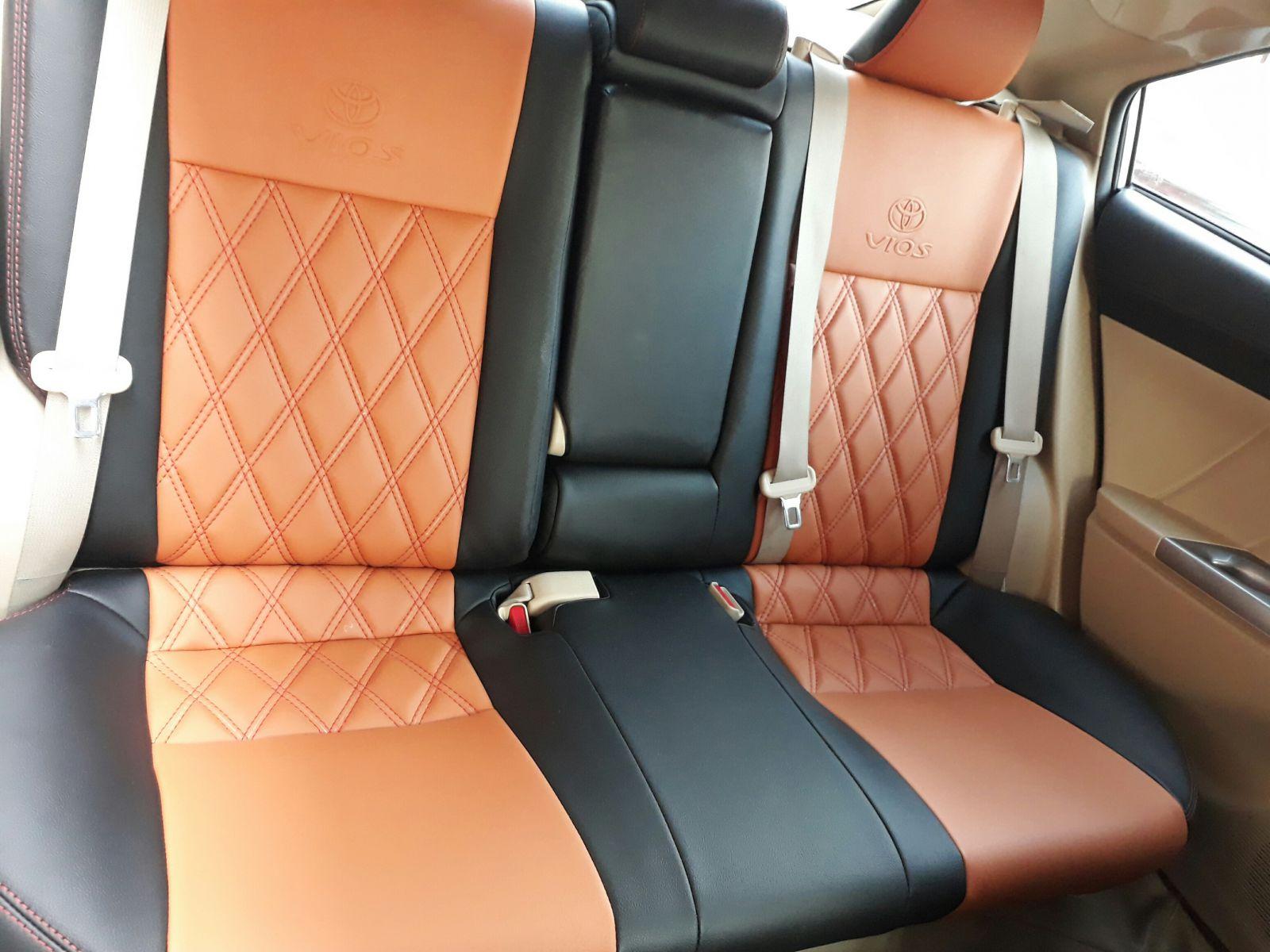 bọc nệm ghế da ô tô