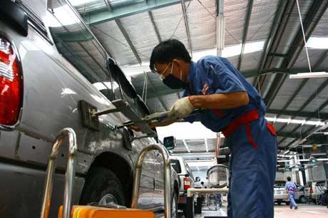 gara sửa chữa ô tô tại tphcm